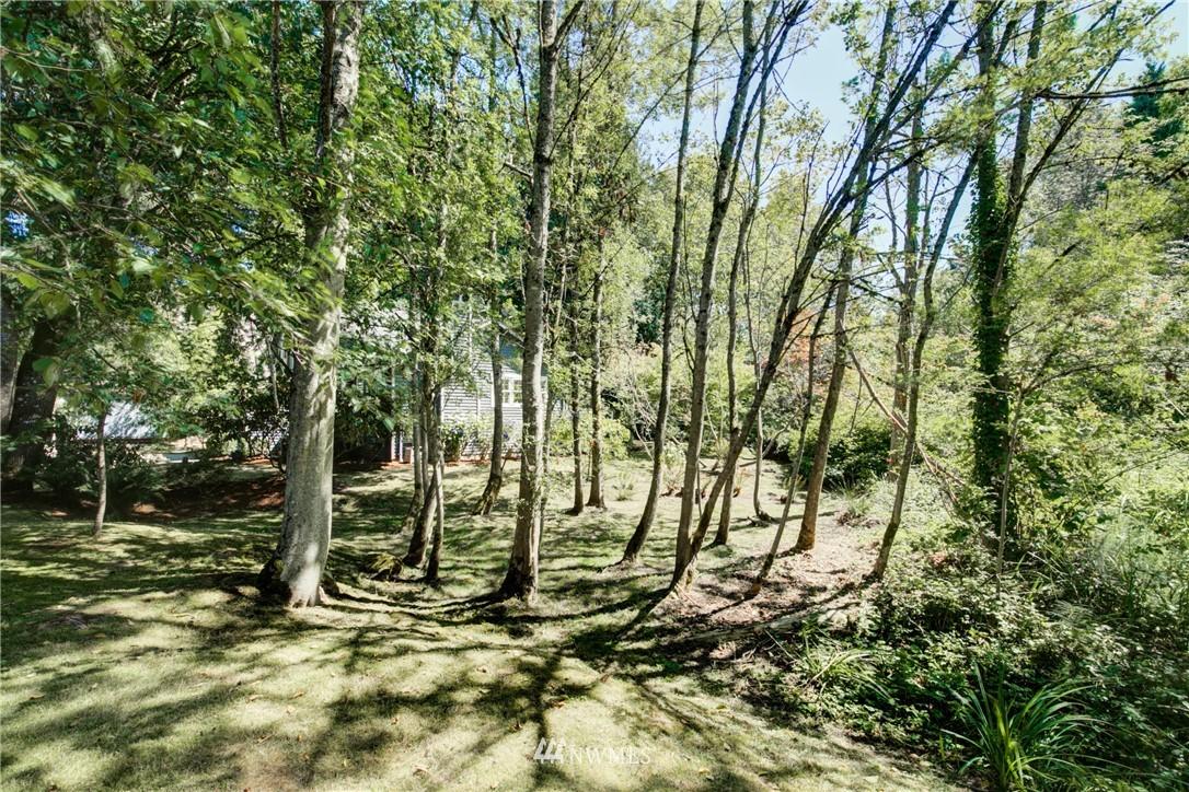 Sold Property | 695 143rd Avenue NE Bellevue, WA 98007 36