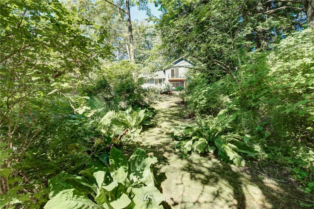 Sold Property | 695 143rd Avenue NE Bellevue, WA 98007 37