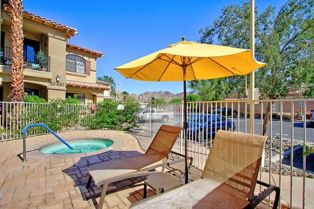 ActiveUnderContract | 50750 Santa Rosa Plz. #3 La Quinta, CA 92253 74