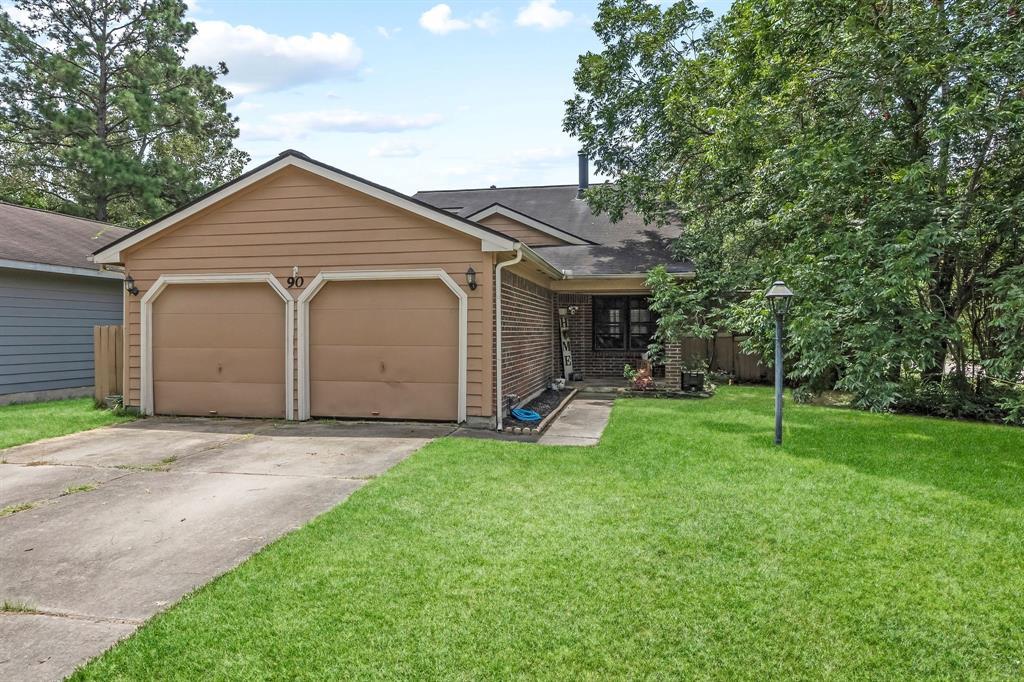 Off Market   90 W High Oaks Circle Spring, Texas 77380 1