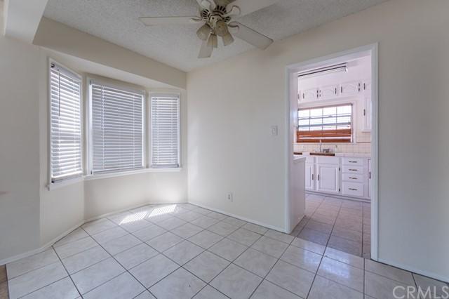 Closed | 12317 Menlo Avenue Hawthorne, CA 90250 2