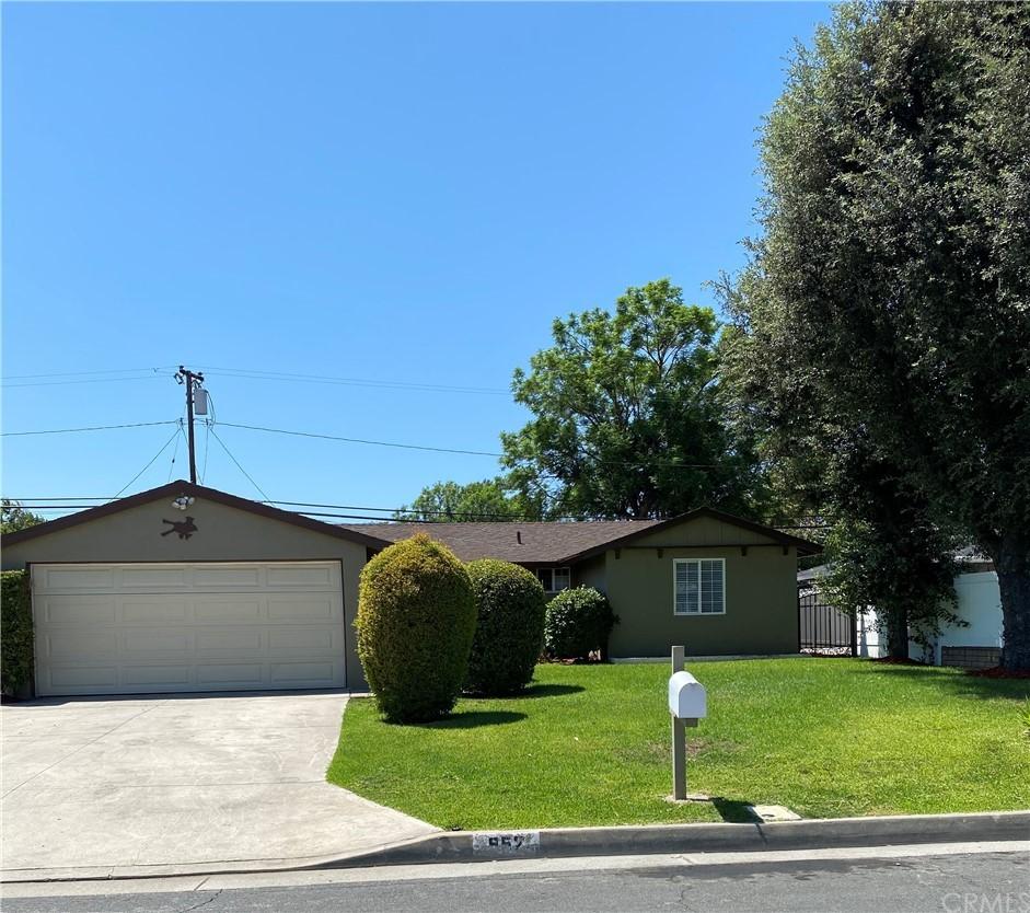 Closed | 952 E Nearfield Street Azusa, CA 91702 3