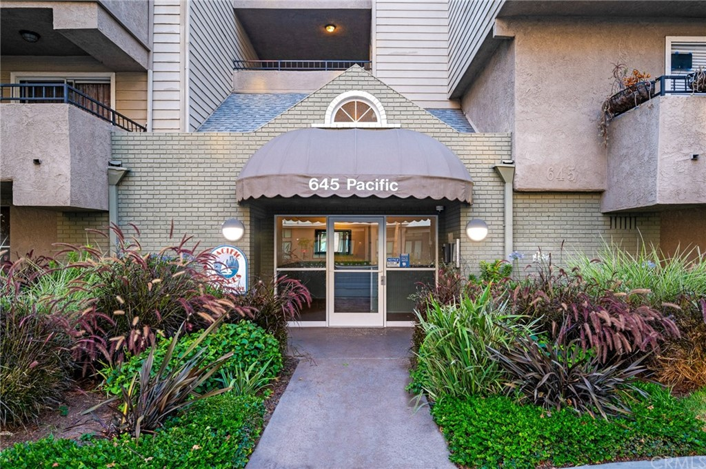 Closed | 645 Pacific Avenue #205 Long Beach, CA 90802 45