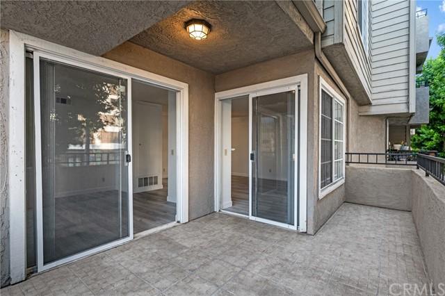 Closed | 645 Pacific Avenue #205 Long Beach, CA 90802 24