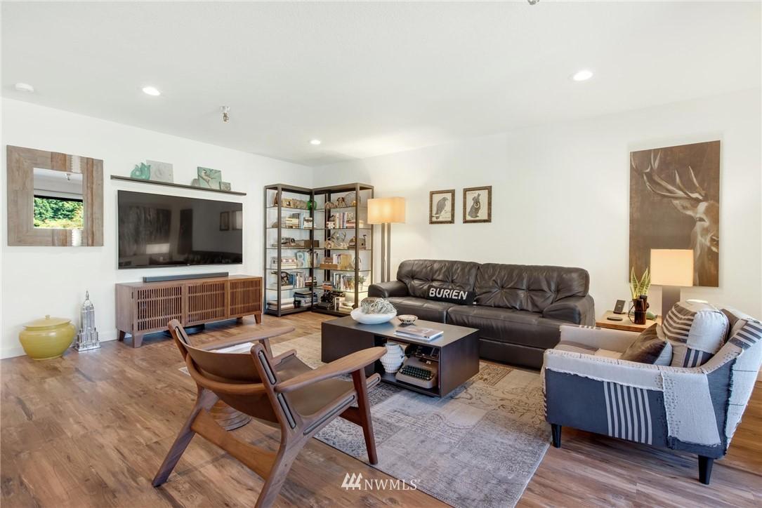 Sold Property   2121 SW 152nd Street #202 Burien, WA 98166 2