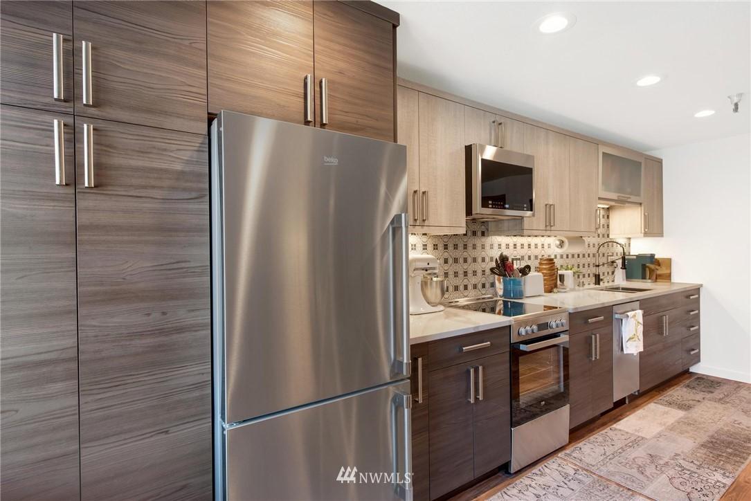 Sold Property   2121 SW 152nd Street #202 Burien, WA 98166 6