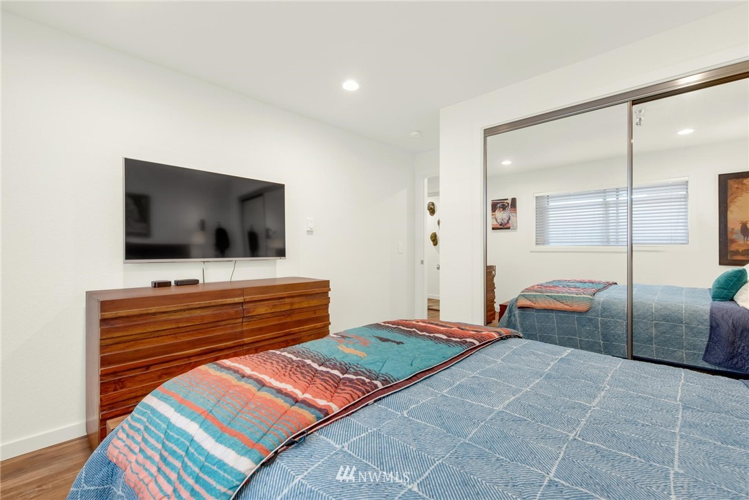 Sold Property   2121 SW 152nd Street #202 Burien, WA 98166 13