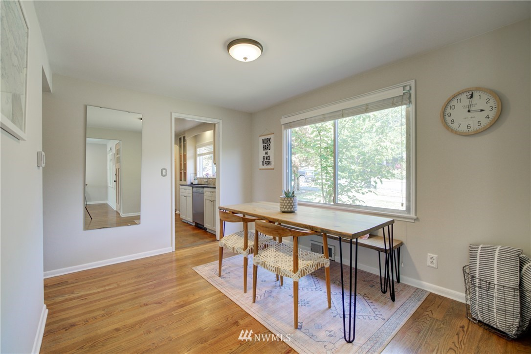 Sold Property | 2611 31st Avenue W Seattle, WA 98199 6