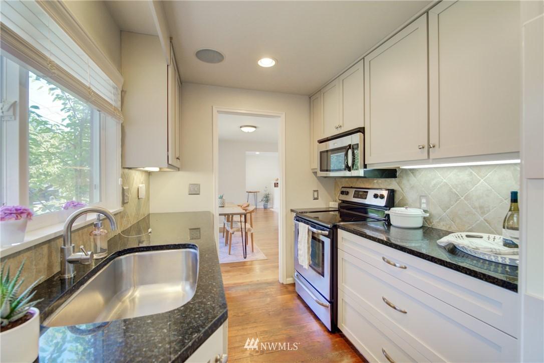 Sold Property | 2611 31st Avenue W Seattle, WA 98199 8