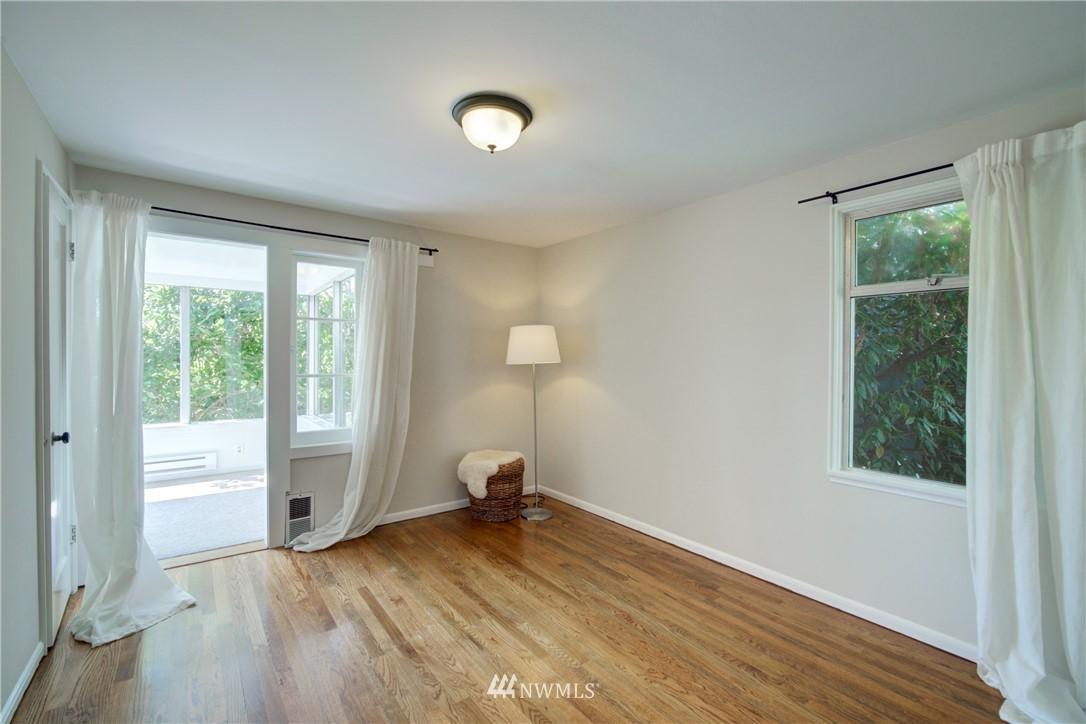 Sold Property | 2611 31st Avenue W Seattle, WA 98199 10