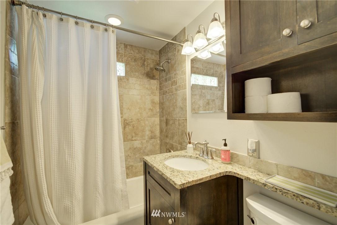 Sold Property | 2611 31st Avenue W Seattle, WA 98199 11