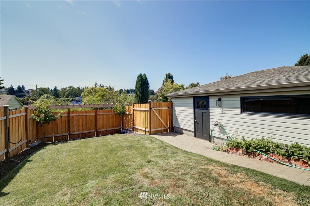 Sold Property | 2611 31st Avenue W Seattle, WA 98199 19