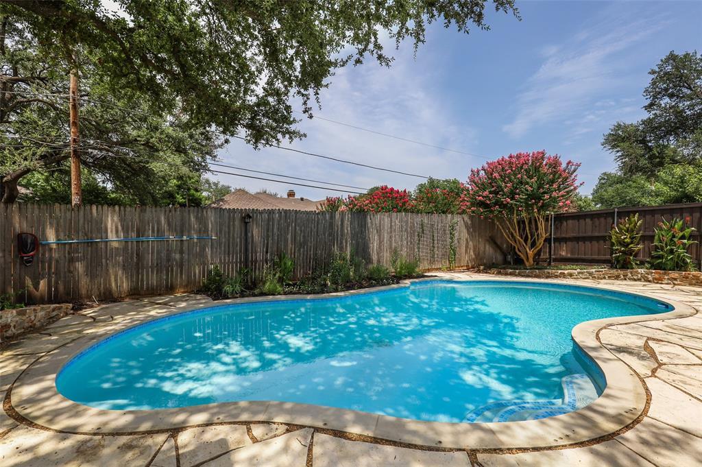 Pending | 7507 Cliffbrook Drive Dallas, Texas 75254 2