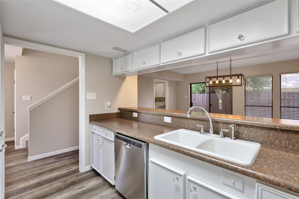 Sold Property | 2301 Mistletoe Drive Fort Worth, Texas 76110 11