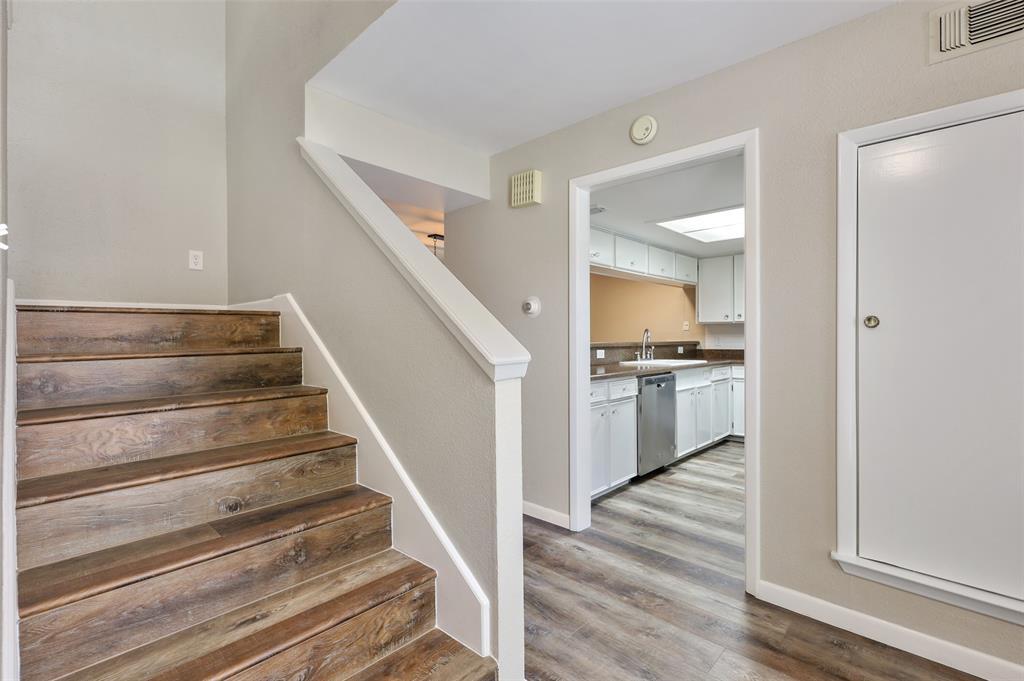 Sold Property | 2301 Mistletoe Drive Fort Worth, Texas 76110 2