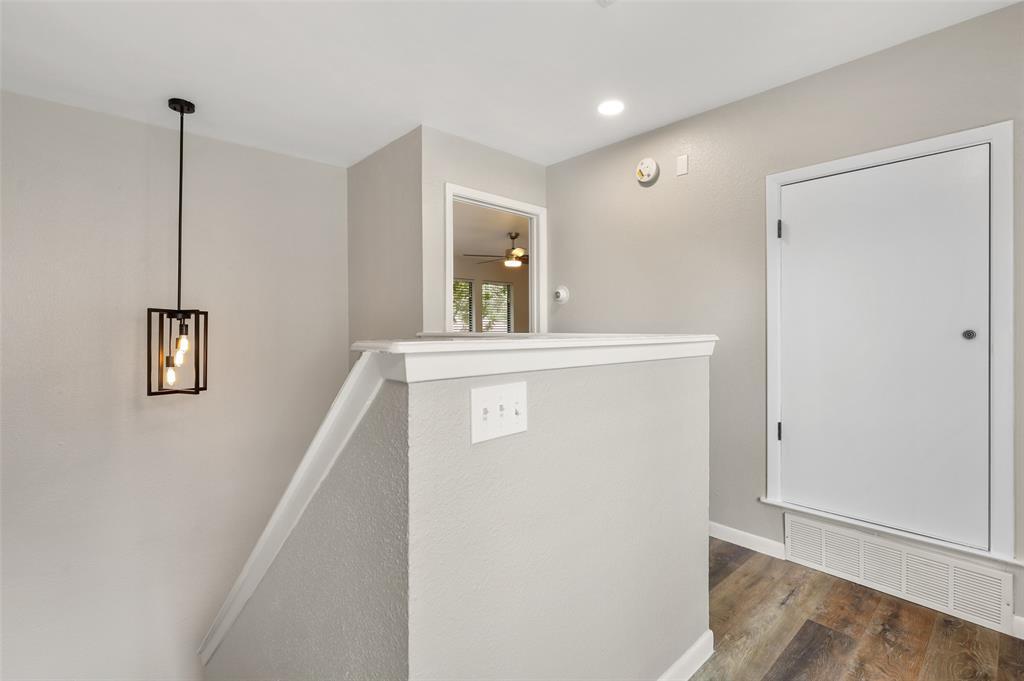 Sold Property | 2301 Mistletoe Drive Fort Worth, Texas 76110 20