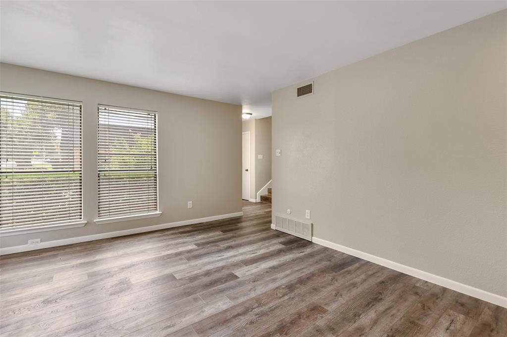 Sold Property | 2301 Mistletoe Drive Fort Worth, Texas 76110 6
