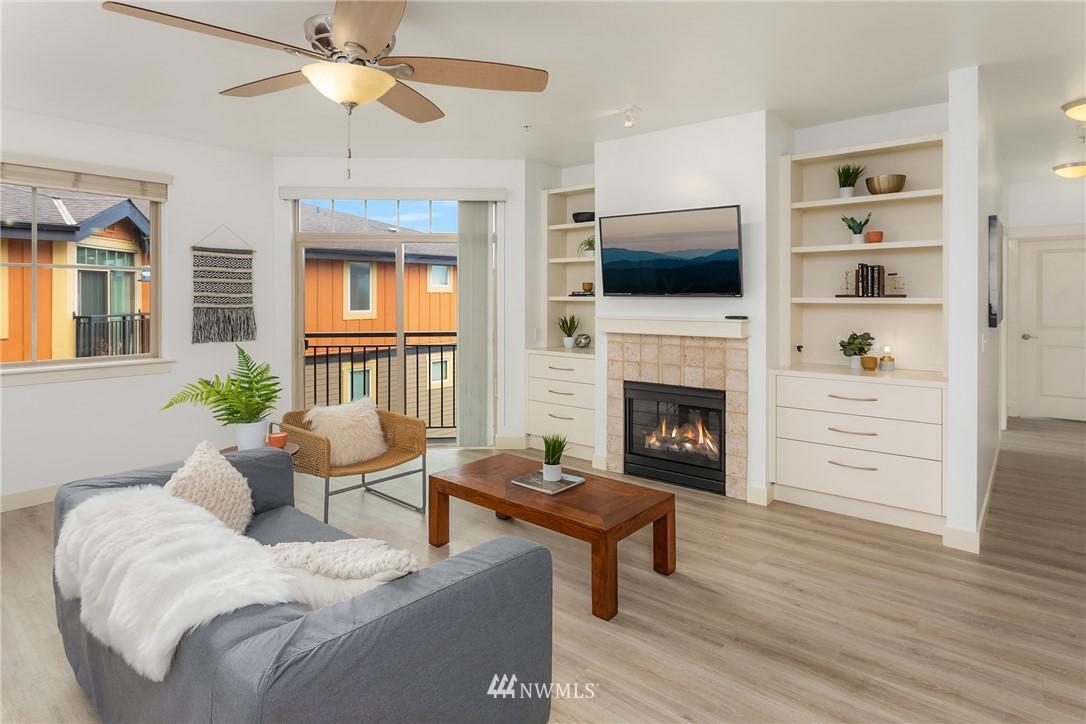 Sold Property | 15700 116th Avenue NE #401 Bothell, WA 98011 4