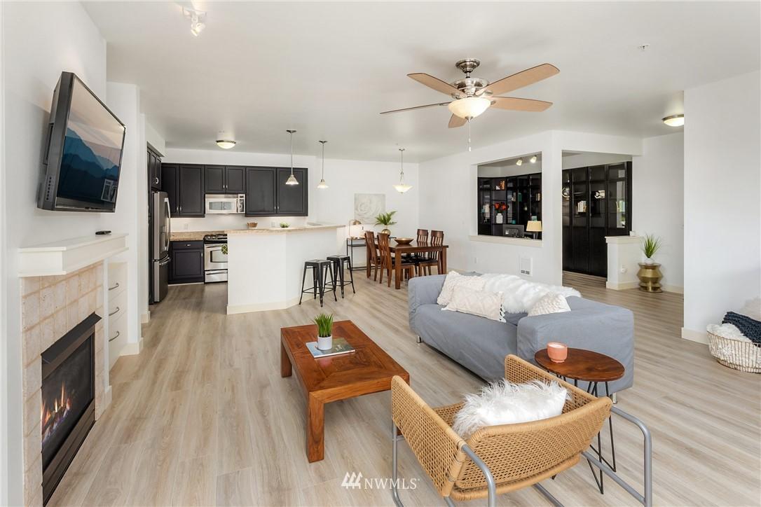 Sold Property | 15700 116th Avenue NE #401 Bothell, WA 98011 6