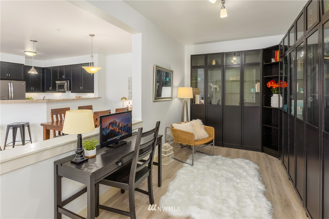 Sold Property | 15700 116th Avenue NE #401 Bothell, WA 98011 7