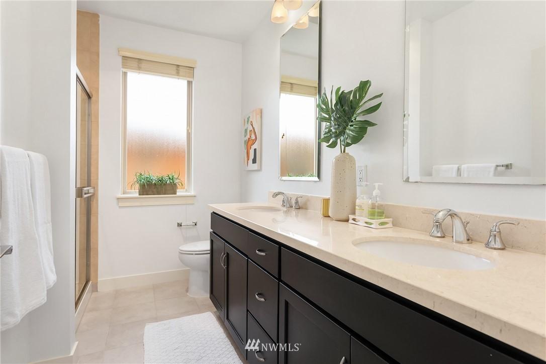 Sold Property | 15700 116th Avenue NE #401 Bothell, WA 98011 18