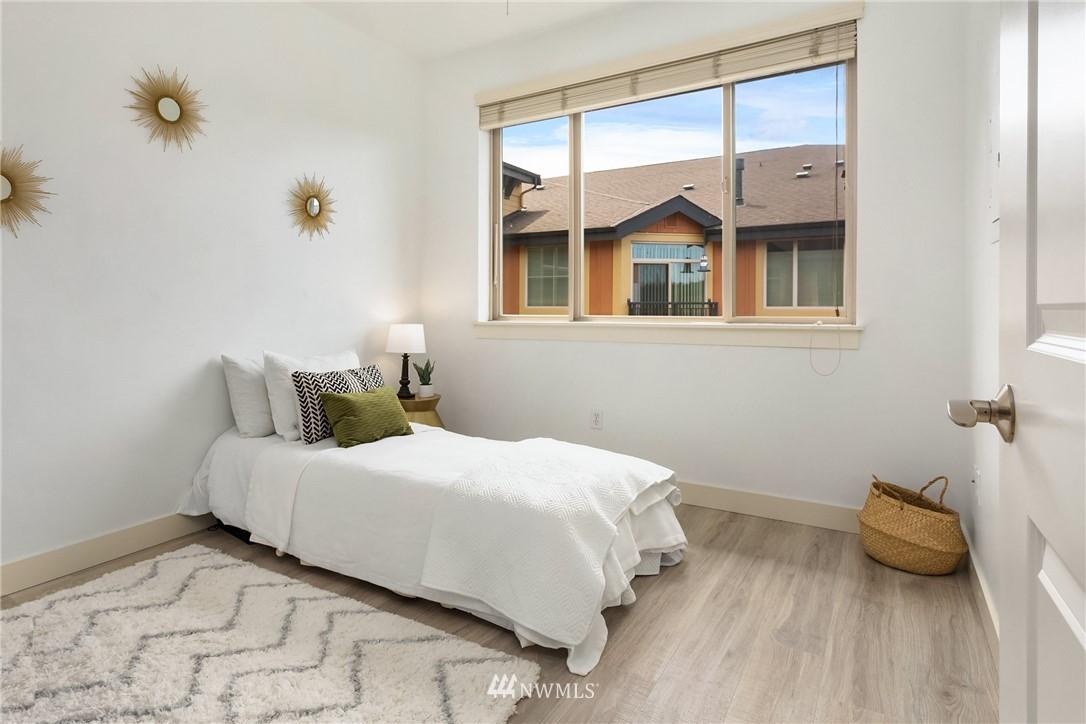 Sold Property | 15700 116th Avenue NE #401 Bothell, WA 98011 19