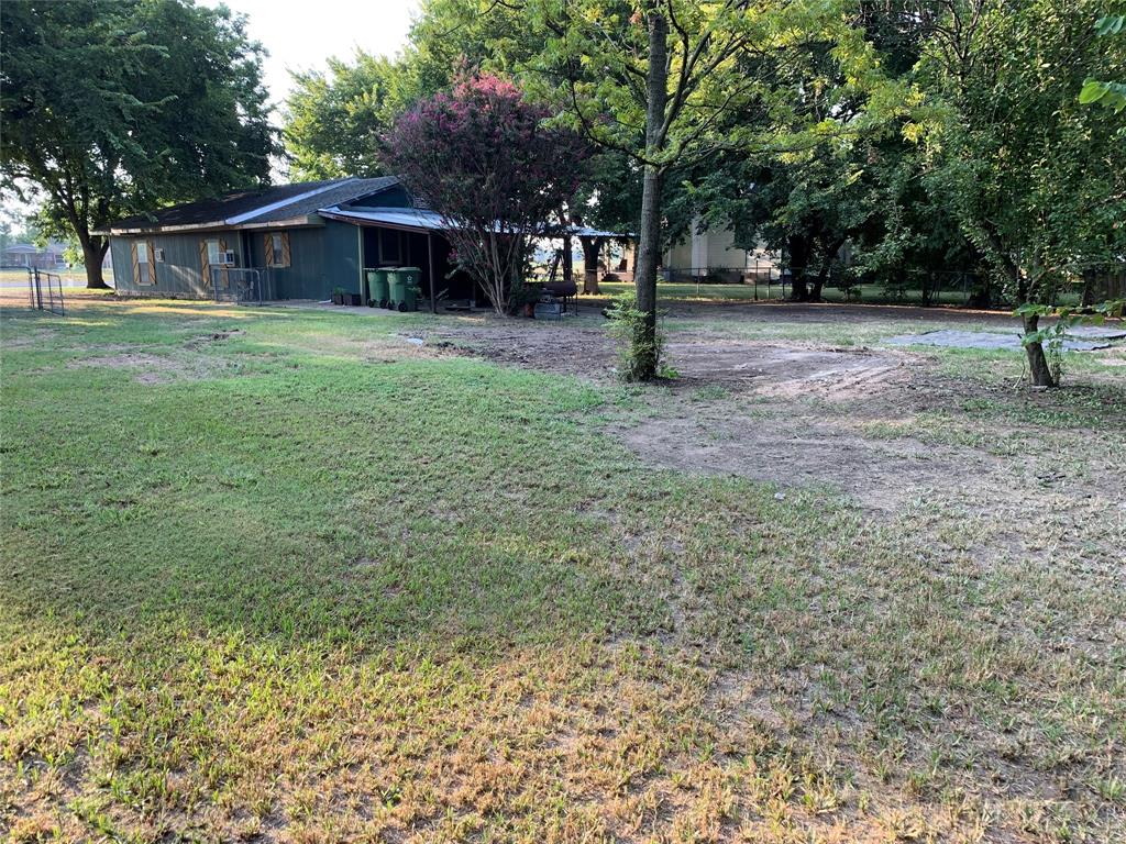Sold Property   208 S Ray Roberts Parkway Tioga, Texas 76271 4