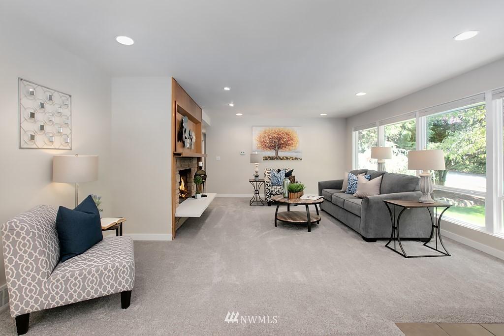 Sold Property | 12341 25th Avenue NE Seattle, WA 98125 4