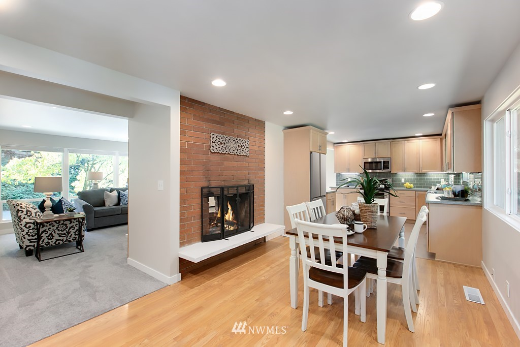 Sold Property | 12341 25th Avenue NE Seattle, WA 98125 5