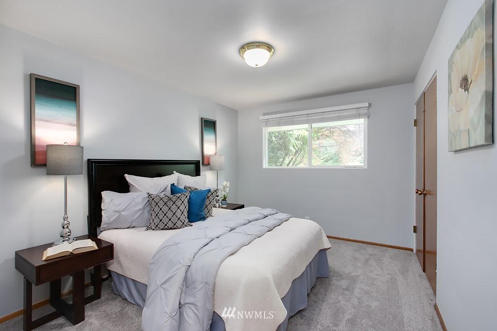 Sold Property | 12341 25th Avenue NE Seattle, WA 98125 11