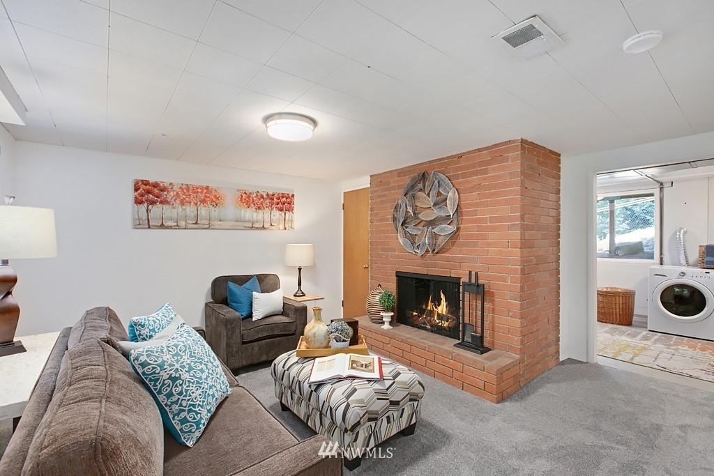 Sold Property | 12341 25th Avenue NE Seattle, WA 98125 13