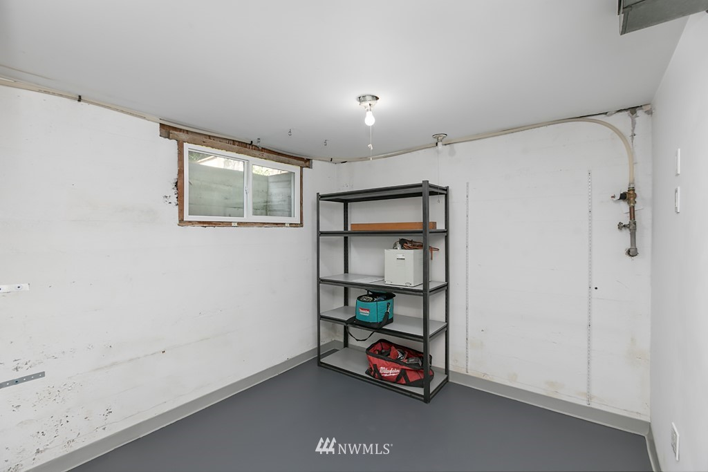 Sold Property | 12341 25th Avenue NE Seattle, WA 98125 19