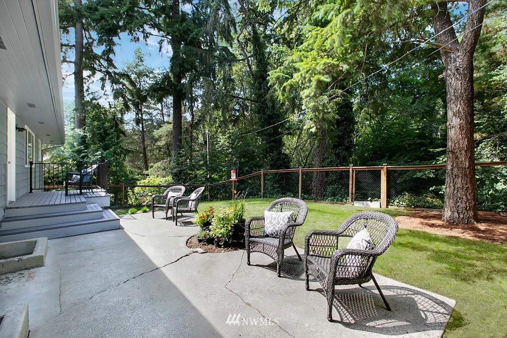 Sold Property | 12341 25th Avenue NE Seattle, WA 98125 20