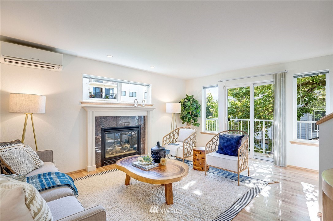 Sold Property | 9039 Mary Avenue NW #A Seattle, WA 98117 4