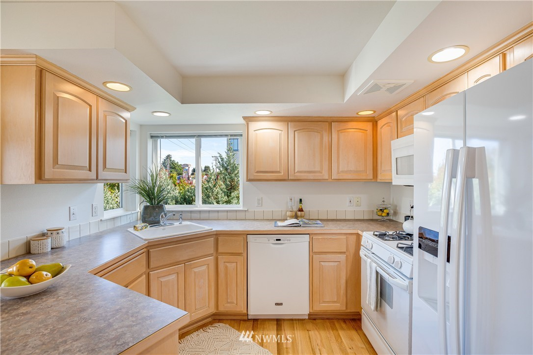 Sold Property | 9039 Mary Avenue NW #A Seattle, WA 98117 14