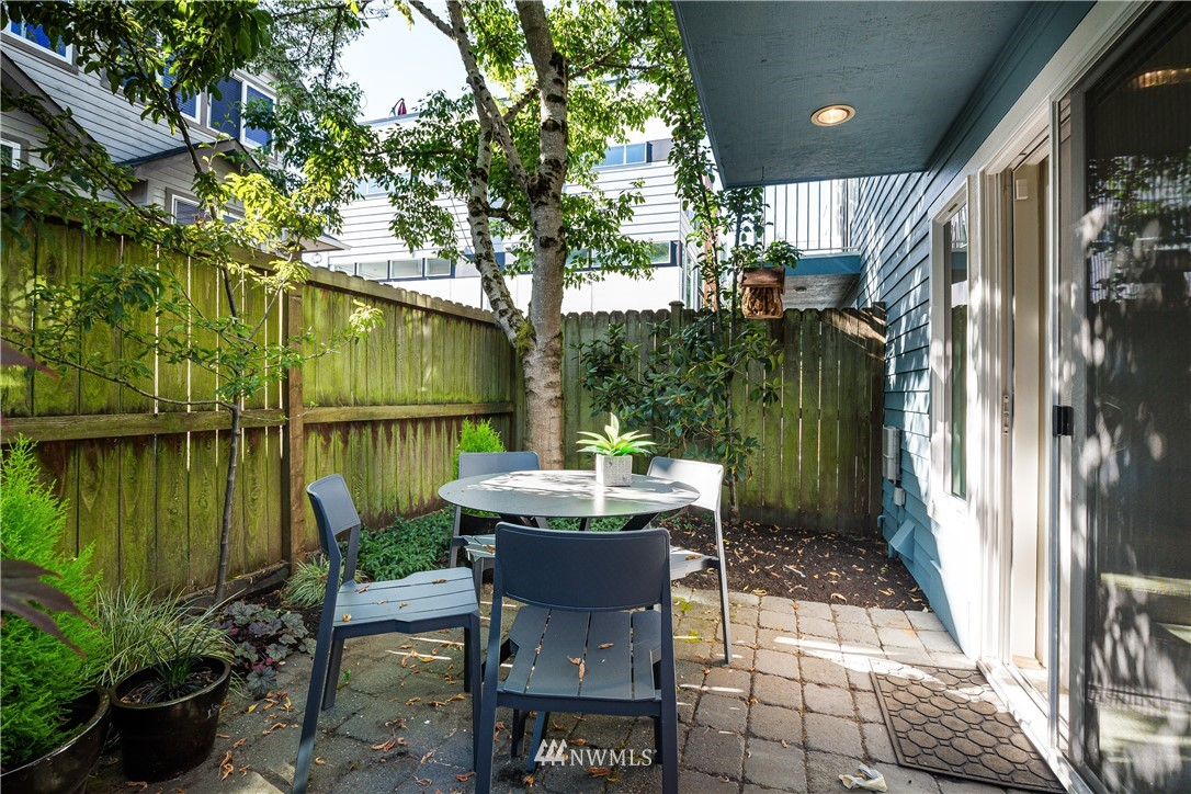 Sold Property | 9039 Mary Avenue NW #A Seattle, WA 98117 27