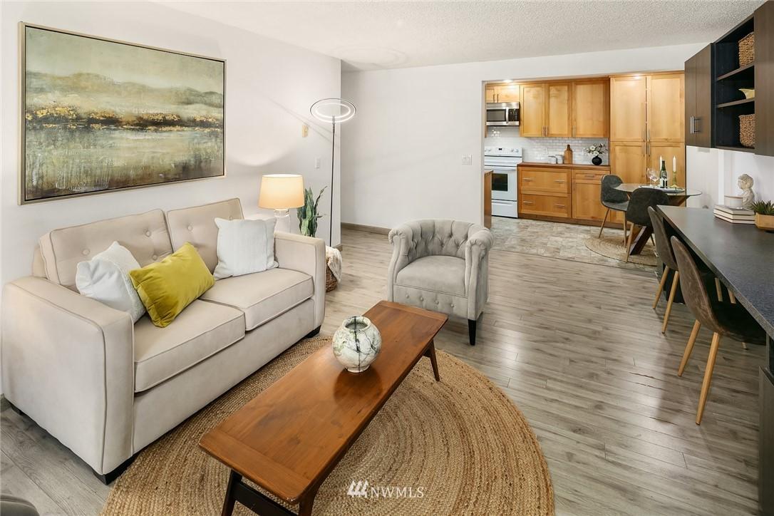 Sold Property   10501 8th Avenue NE #109 Seattle, WA 98125 4