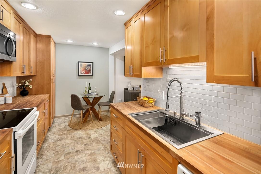 Sold Property   10501 8th Avenue NE #109 Seattle, WA 98125 9