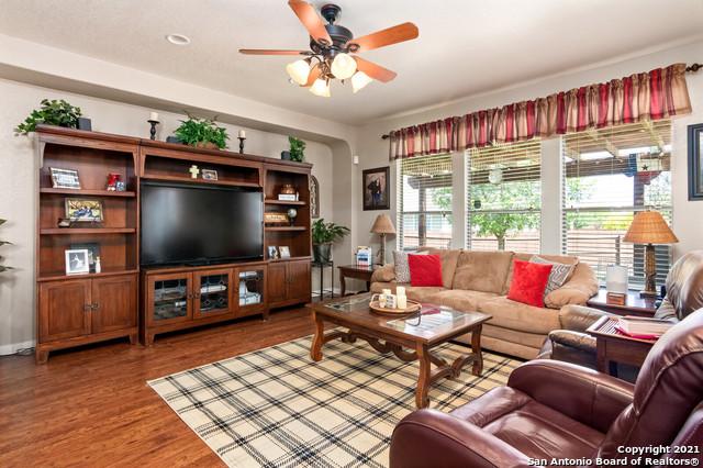 Pending | 13123 SAINTSBURY San Antonio, TX 78253 12