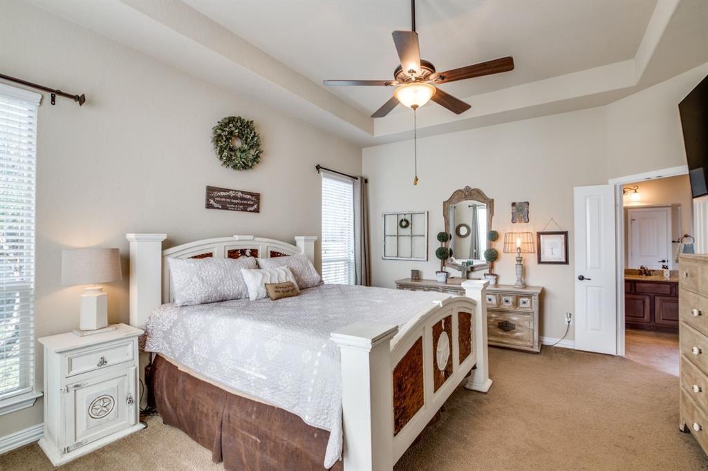 Pending | 323 Arbor Trail Lane Conroe, Texas 77384 21