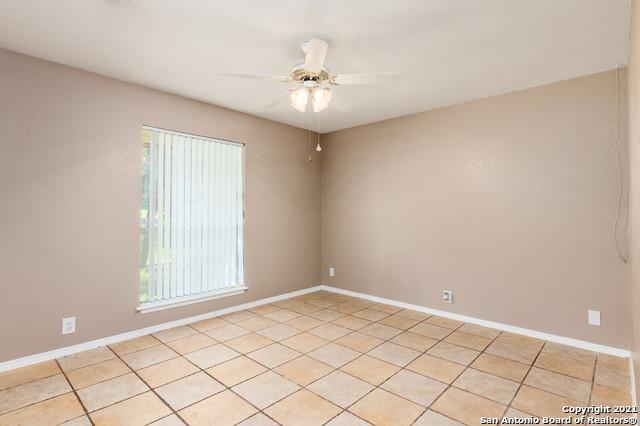 Pending | 10006 N Kings Grant San Antonio, TX 78230 25