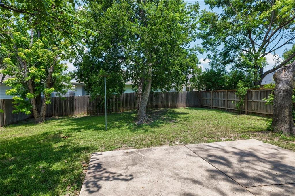Closed   3200 Raging River Drive Austin, TX 78728 37