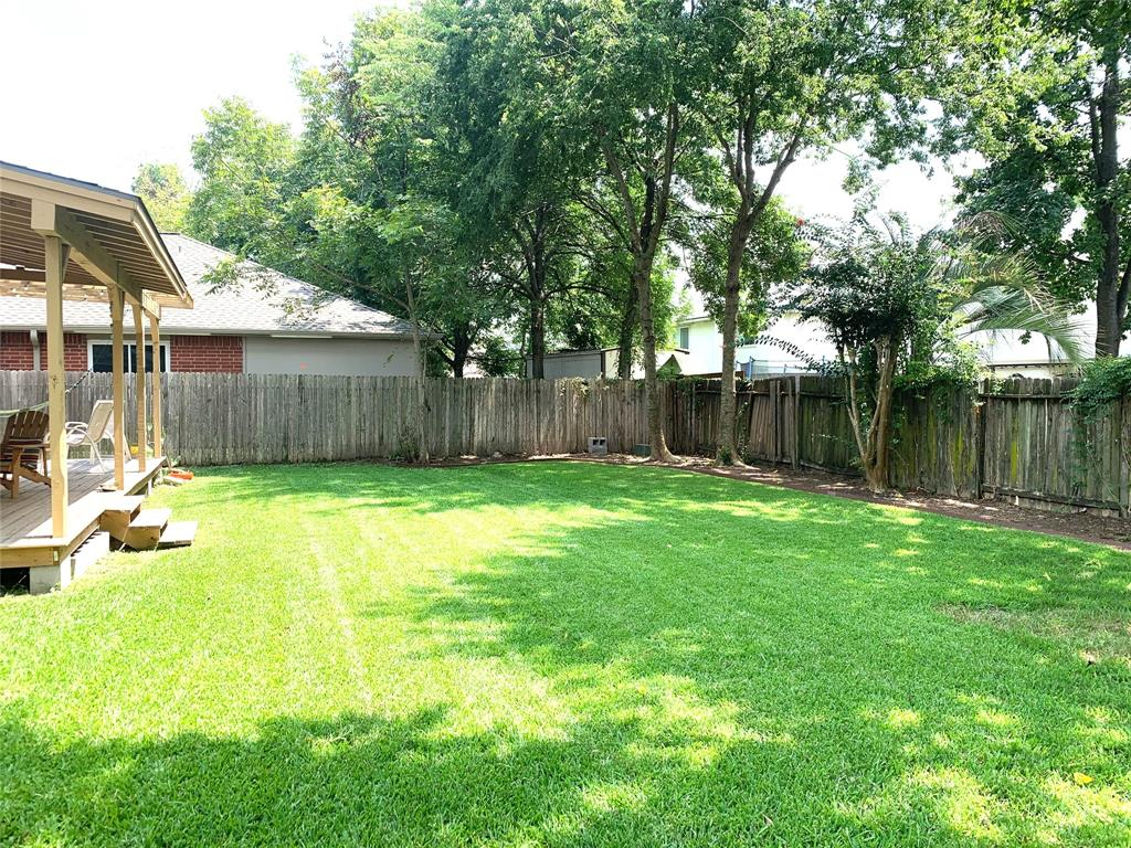 Off Market   22619 August Leaf Drive Tomball, Texas 77375 35