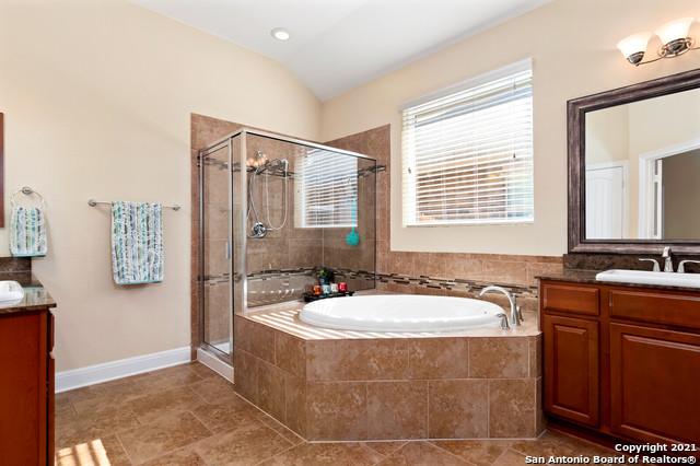Pending | 8111 Limerick Falls San Antonio, TX 78253 17