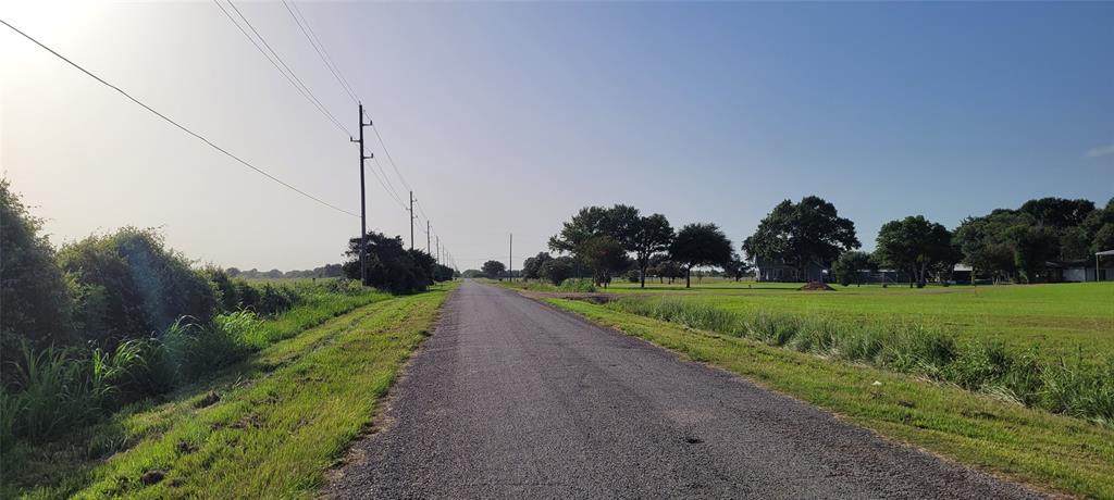 Pending   2750 Johnston Road Wallis, Texas 77485 18