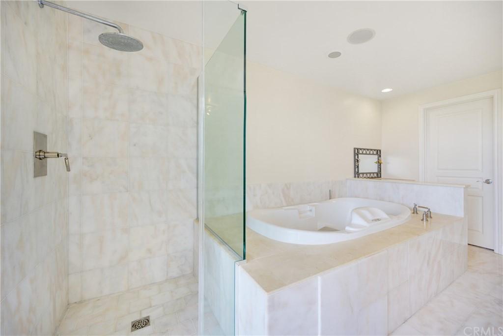 Pending | 1116 Via Zumaya Palos Verdes Estates, CA 90274 49