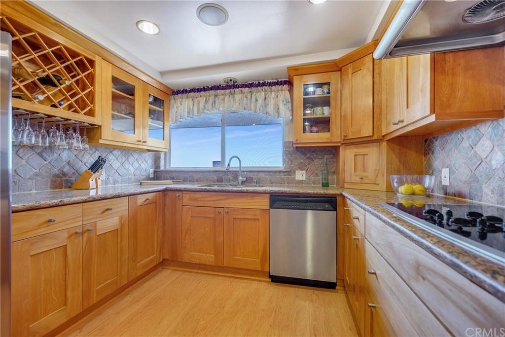 Pending | 1116 Via Zumaya Palos Verdes Estates, CA 90274 26