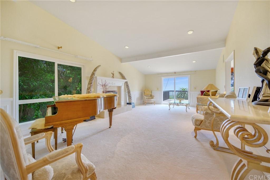 Pending | 1116 Via Zumaya Palos Verdes Estates, CA 90274 34