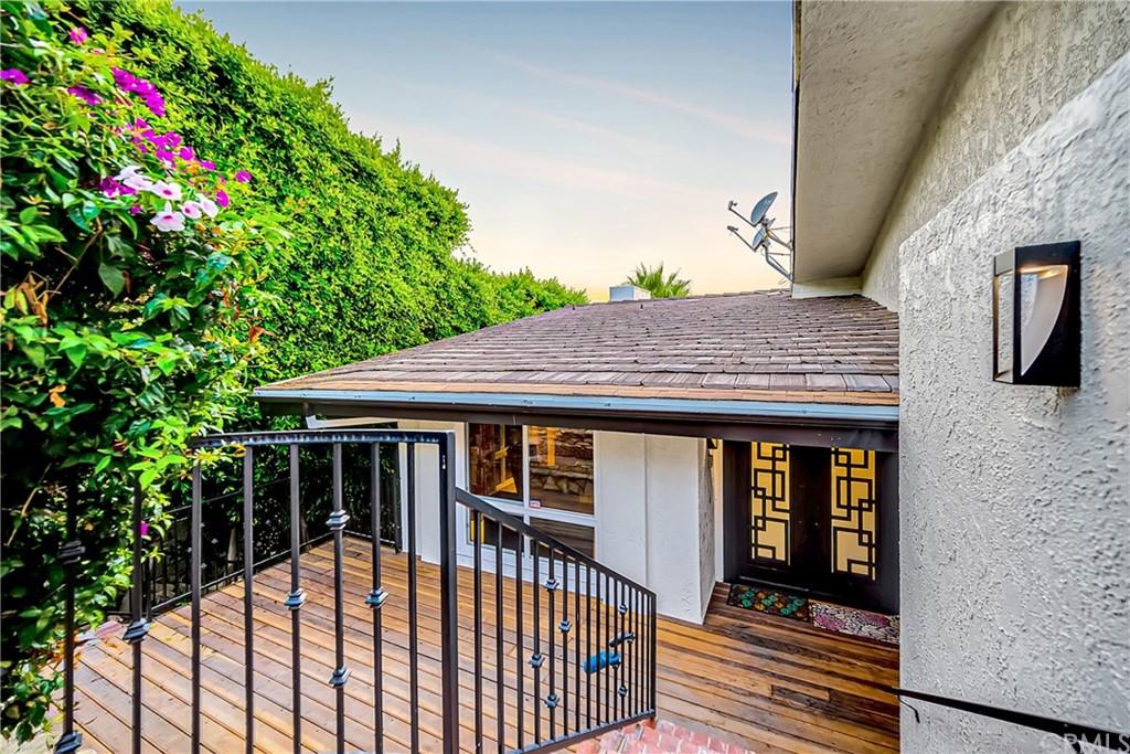 Pending | 1116 Via Zumaya Palos Verdes Estates, CA 90274 103