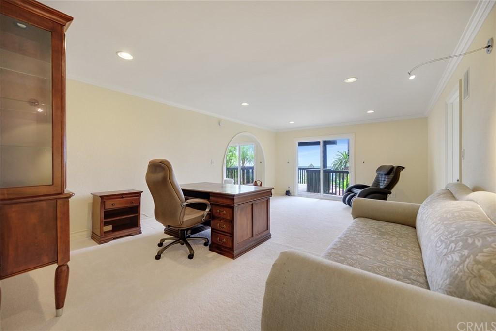 Pending | 1116 Via Zumaya Palos Verdes Estates, CA 90274 41